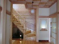 坪庭のある階段