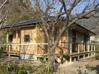 地の杉材を利用した住宅