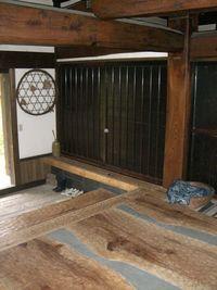 古民家修復 大材を使った玄関